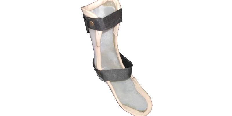 Orthopaedic n Leather_Plastic Ankle foot Orthosis